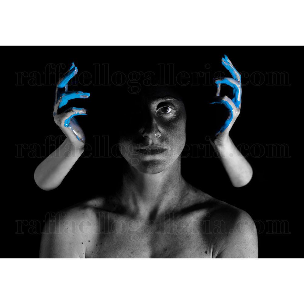 Immagine di Liquid-A #16 Light Blue Hands